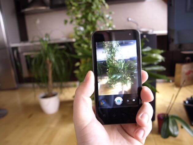 lg smartphone 3