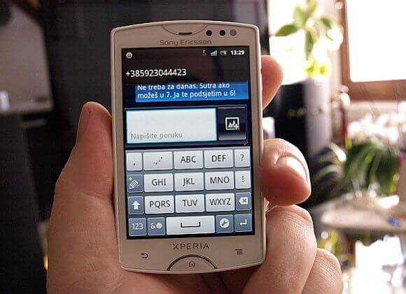 Sony Ericsson Xperia Mini 4