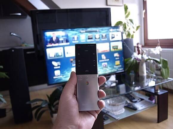 Samsung UE40ES7000 10