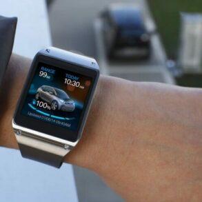 Galaxy Gear and BMW i3 1