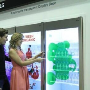 LG Transparent Display Dooler Door 01 ISE 2015
