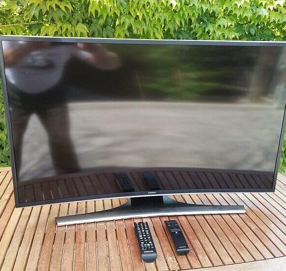 Samsung 40JU65721