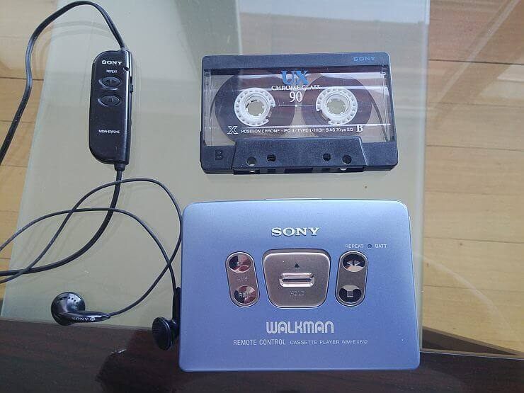 Sony Walkman WM-EX612 4