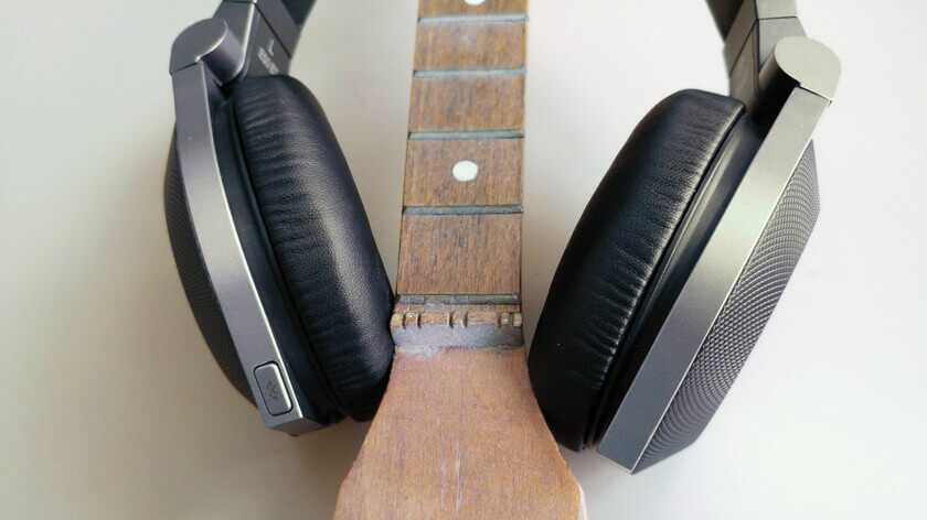 JBL Synchros E50BT slušalice - recenzija -4