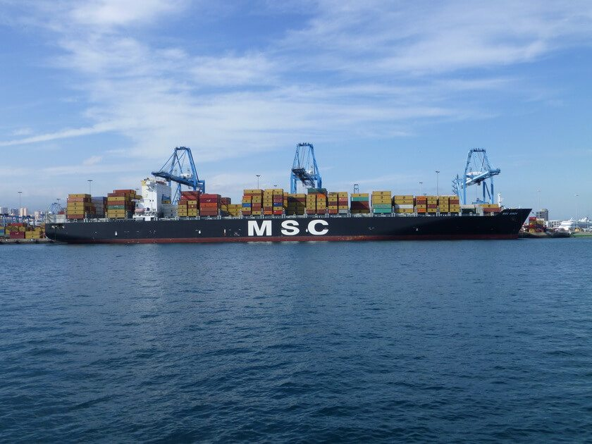 MSC_Sindy,_container_ship,_buque_portacontenedores,_en_Las_Palmas