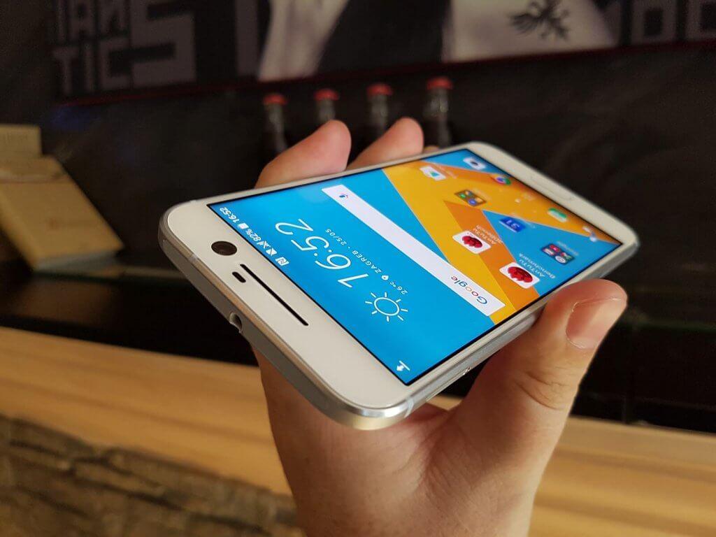 HTC 10 recenzija 13