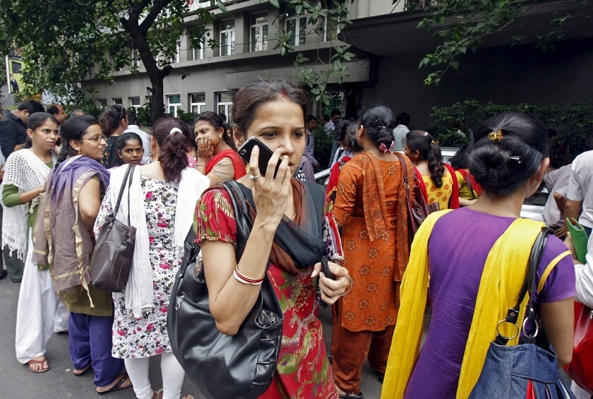 unmarried-women-banned-using-mobile-phones-several-villages-gujarat