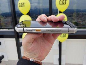 CAT mobiteli 13