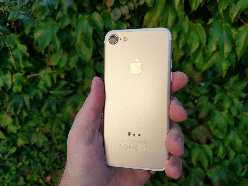 Apple iPhone 7 7 2