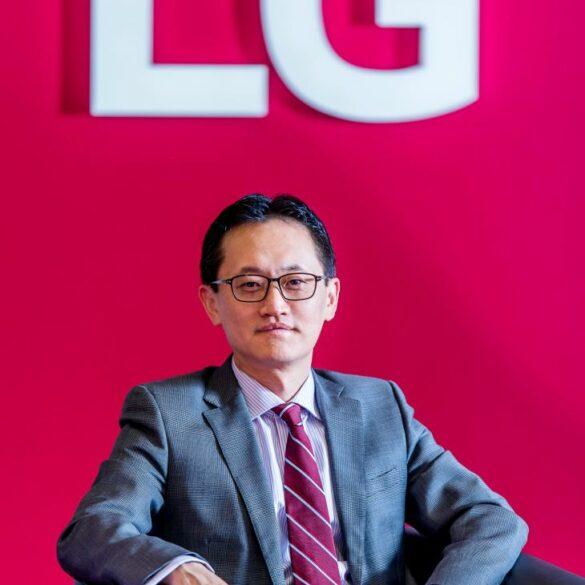 Bumseop Lee LG