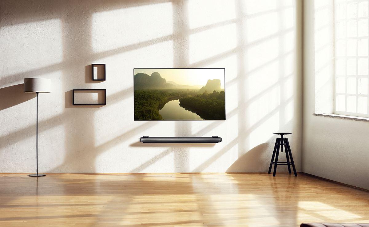 LG SIGNATURE OLED TV W Lifestyle2
