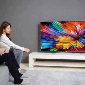 SUPER UHD TVSJ95 4