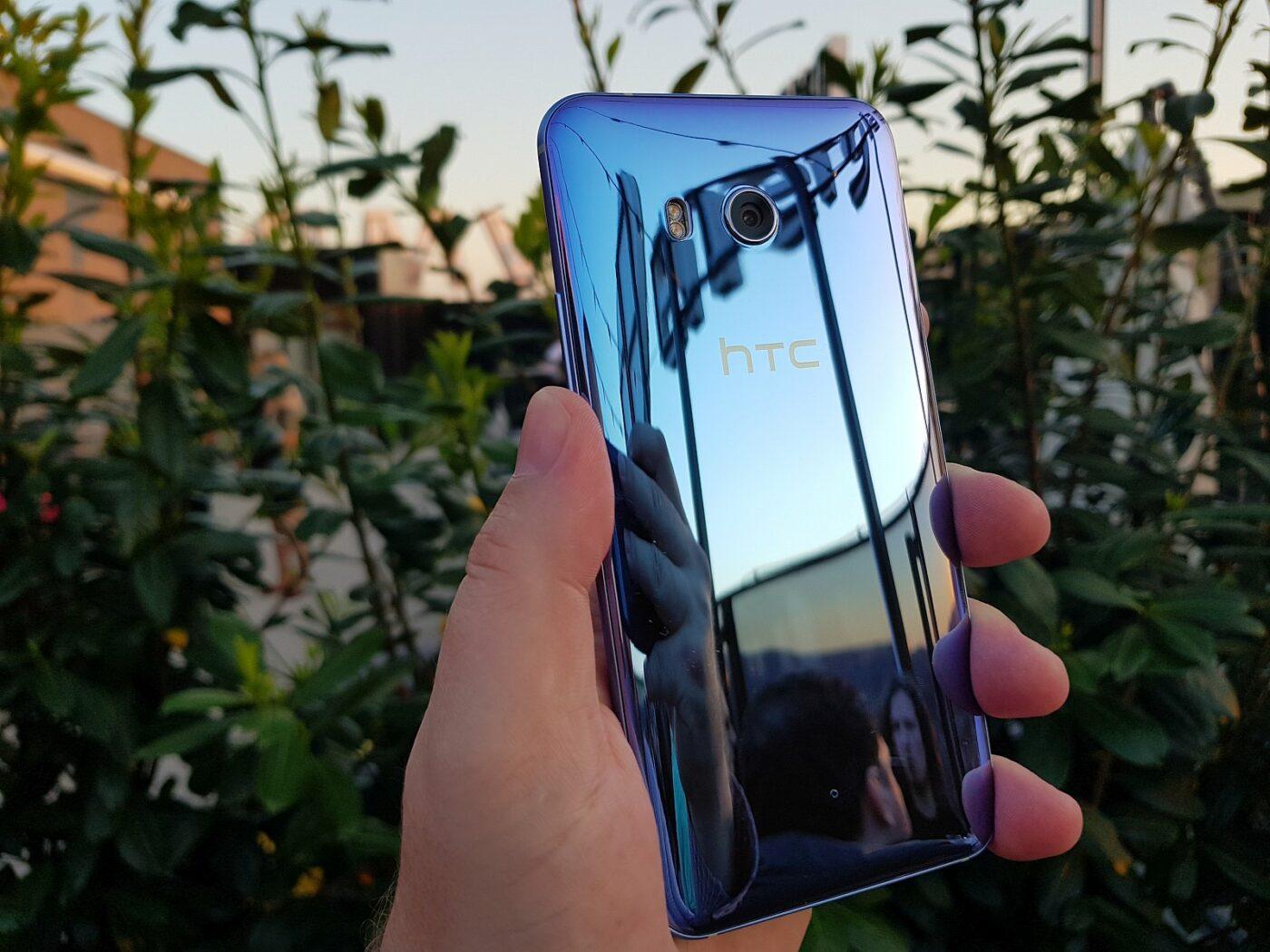 HTC U11 3