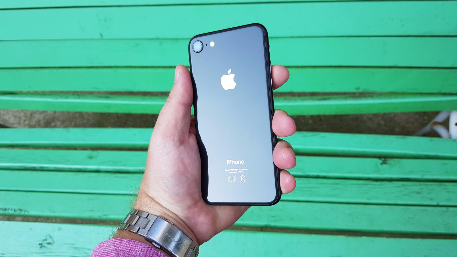 iPhone 8 18