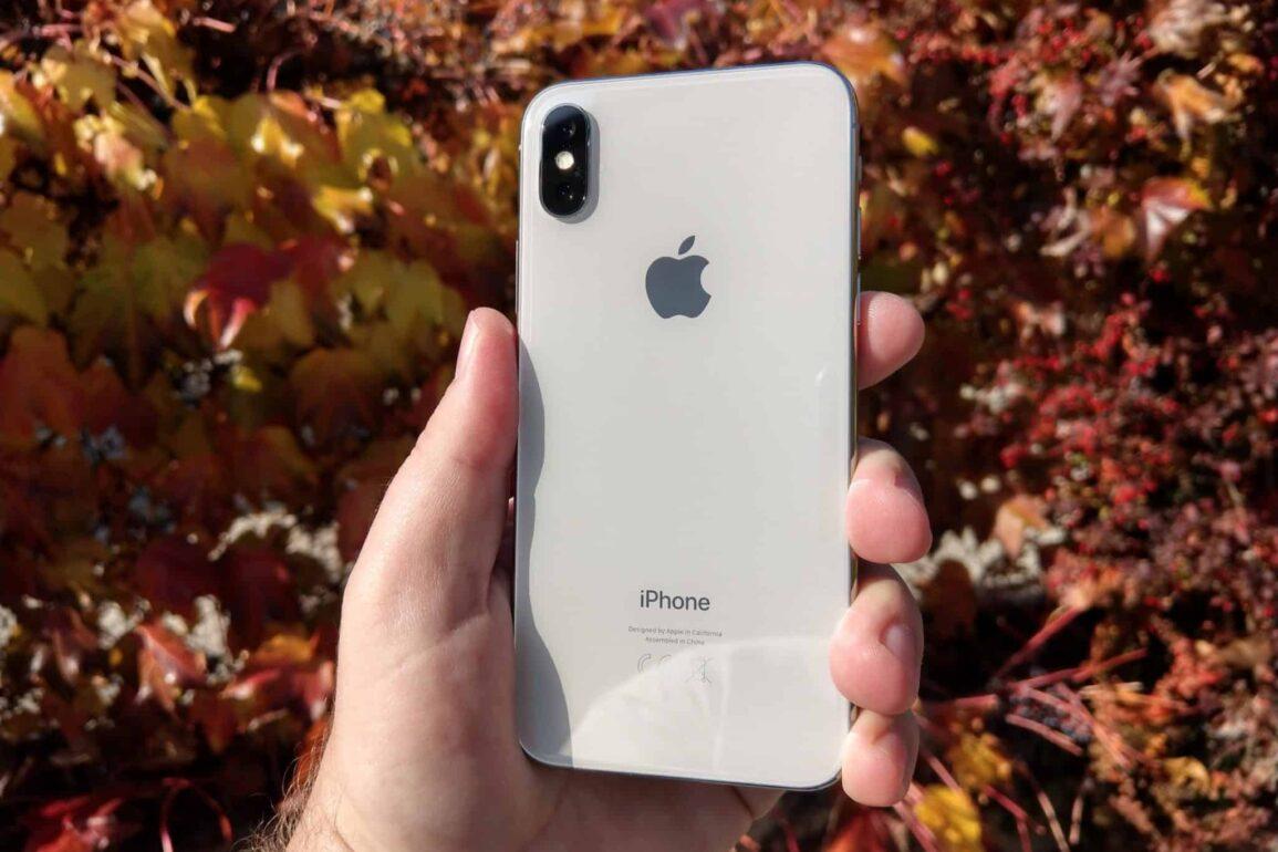 iPhone X 18