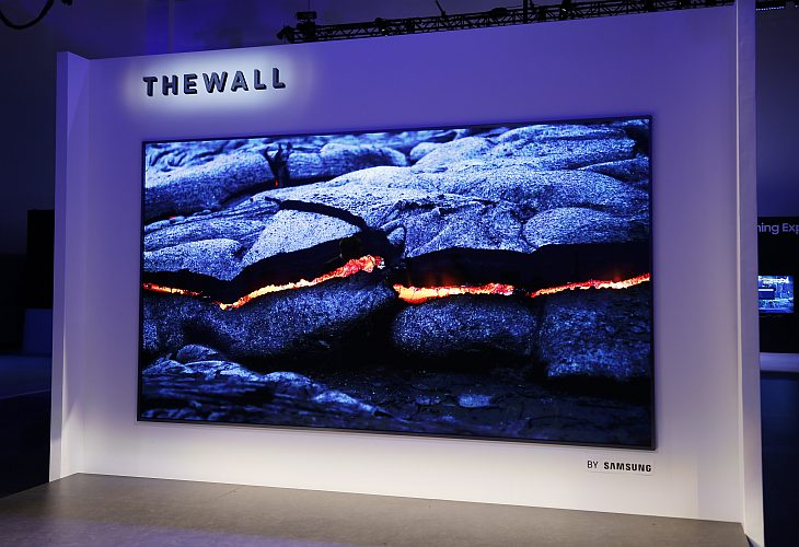 The Wall Modular MicroLED 146 inch TV 2
