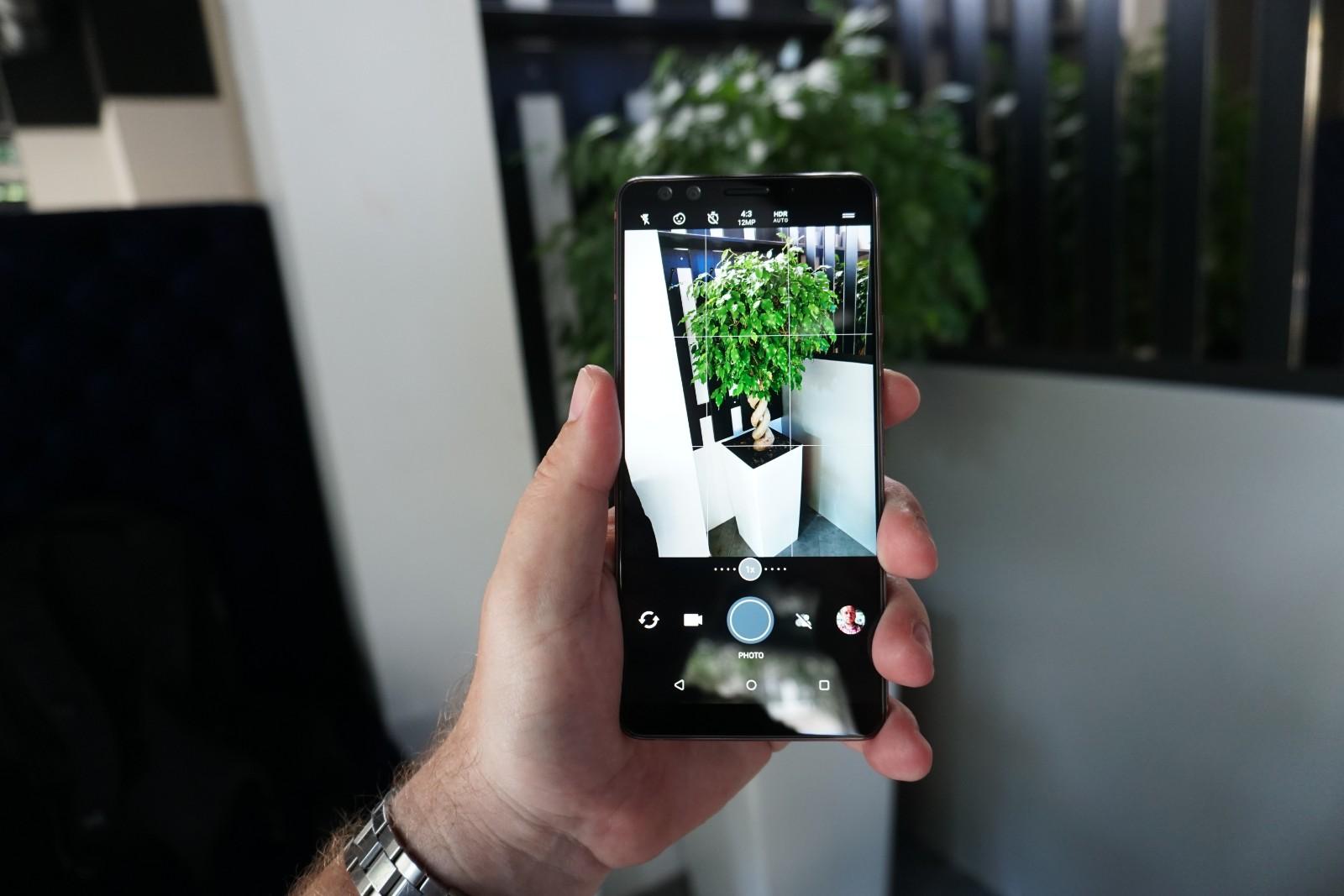 HTC U12 17
