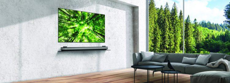 LG OLED TV lifestyle 2 e1527148525485