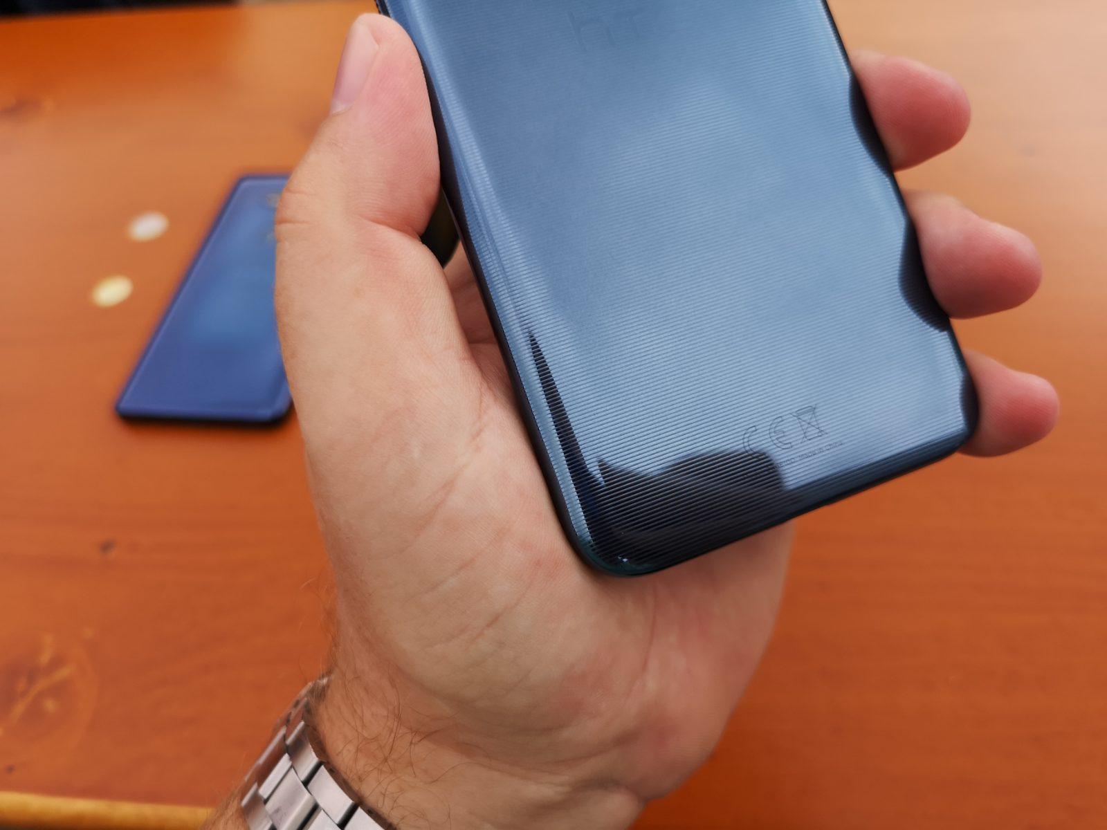 HTC U12 Life 4