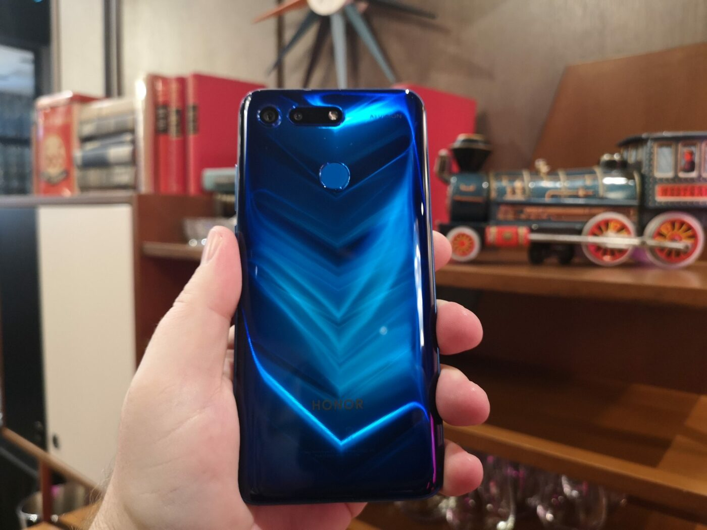 Honor View20 vs Samsung S9 7