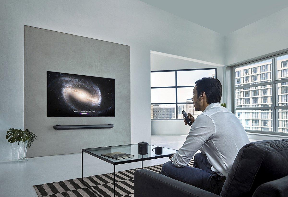 LG ThinQ AI TV Lifestyle 02