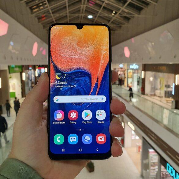 Samsung Galaxy A50 9