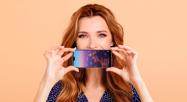 Huawei Cares Naslovna fotografija
