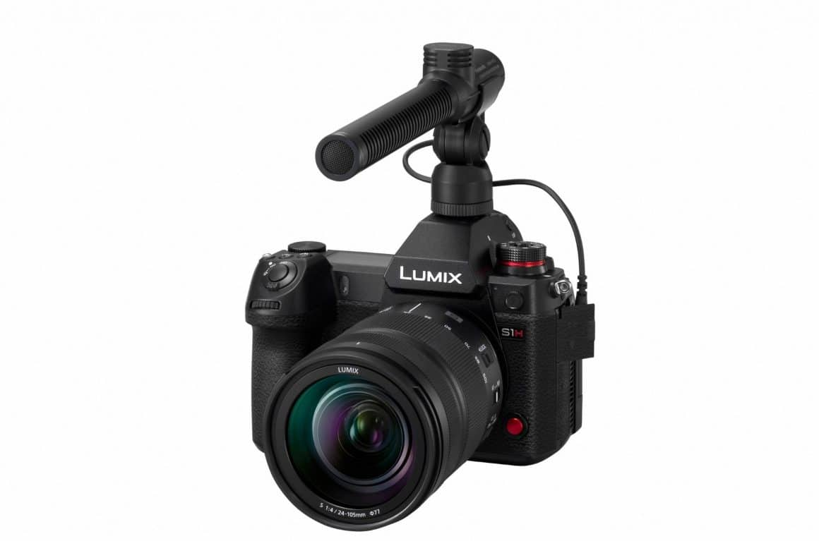 LUMIX S1H s montiranim mikrofonom e1567103391513