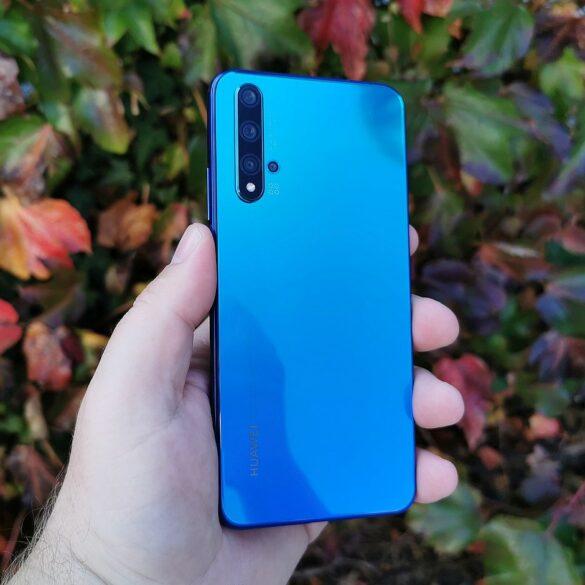 Huawei Nova 5T naslovna