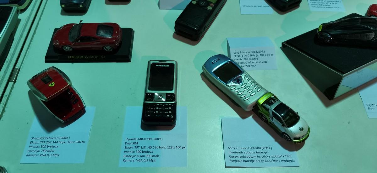 Muzej starih mobitela 14
