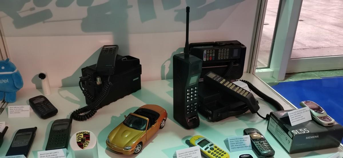 Muzej starih mobitela 20