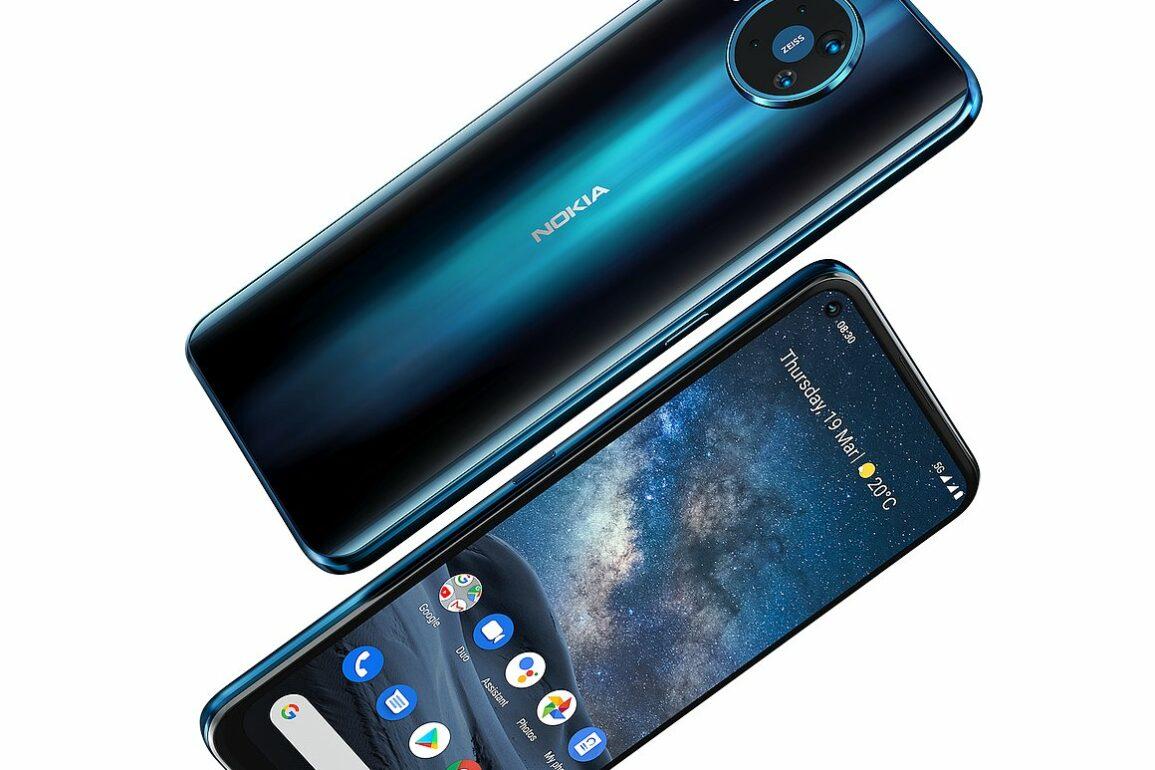 Nokia 8 3 1