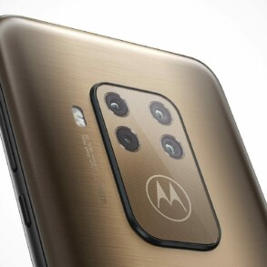 motorola one zoom 2