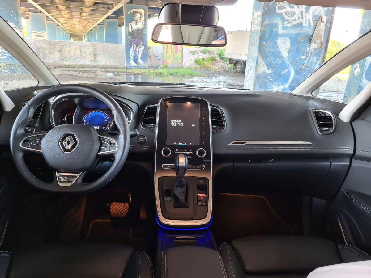 Renault Grand Scenic 16