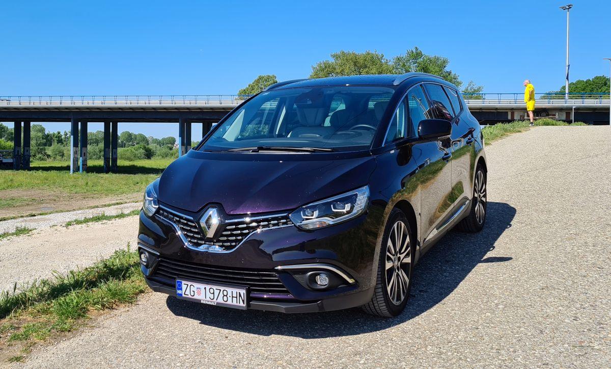 Renault Grand Scenic 8