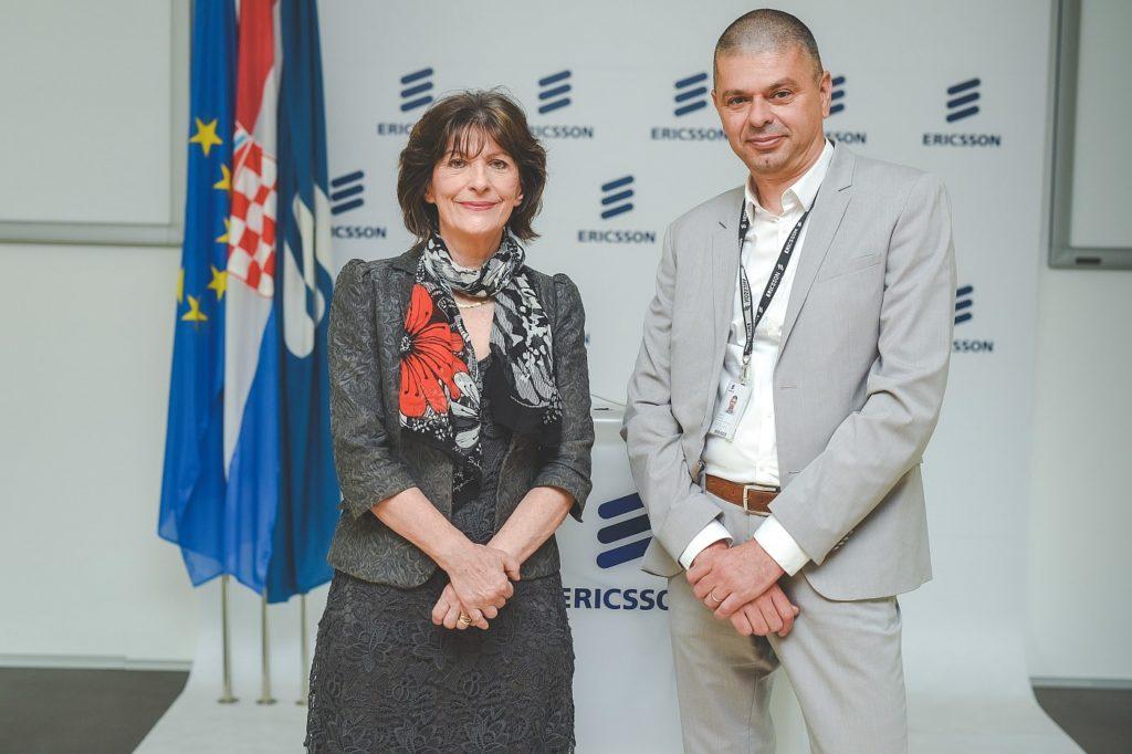 Potpisivanje ugovora Gordana Kovacevic i Dario Runje ENT