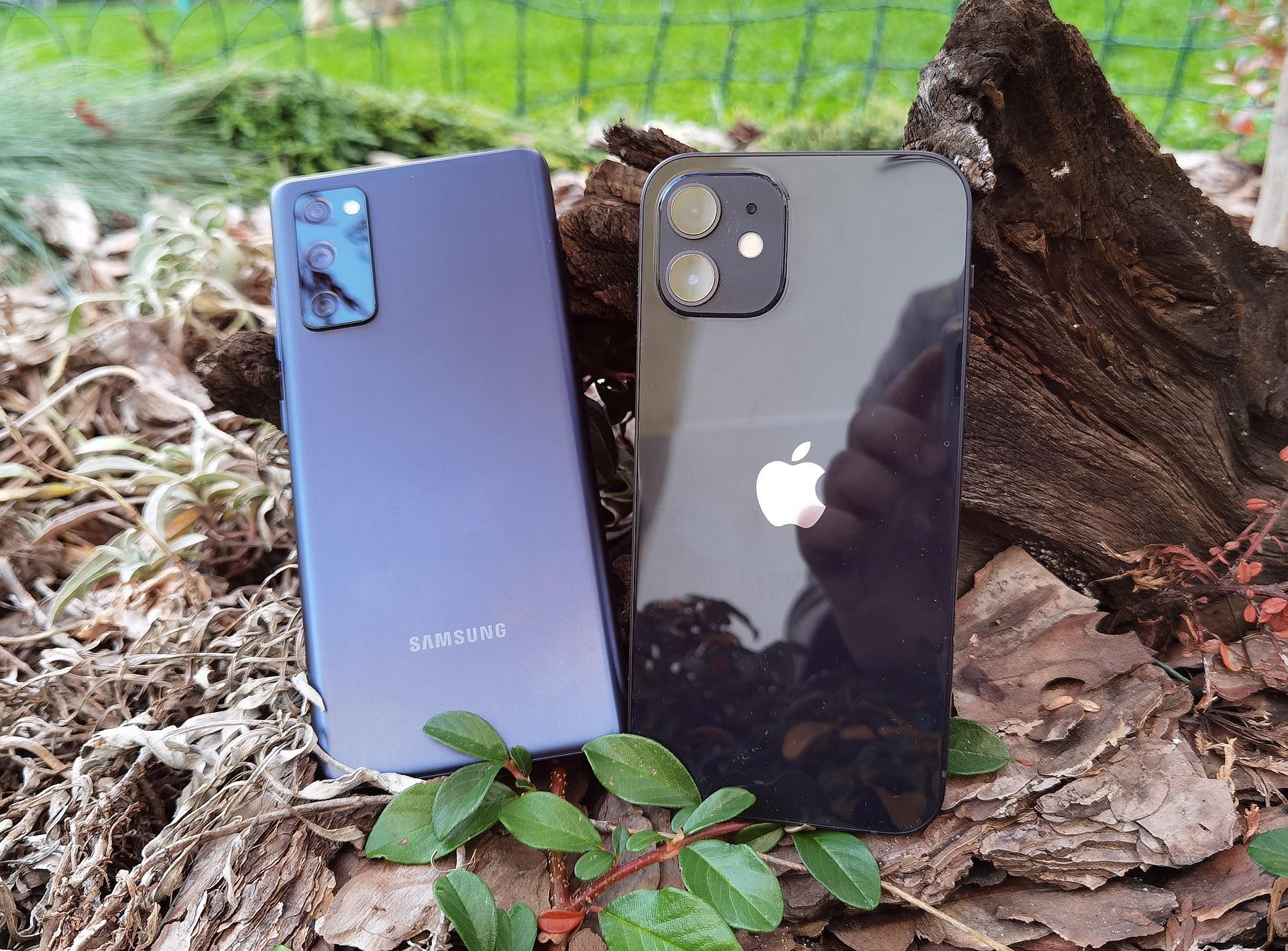 Samsung Galaxy S20 FE vs iPhone 12 2