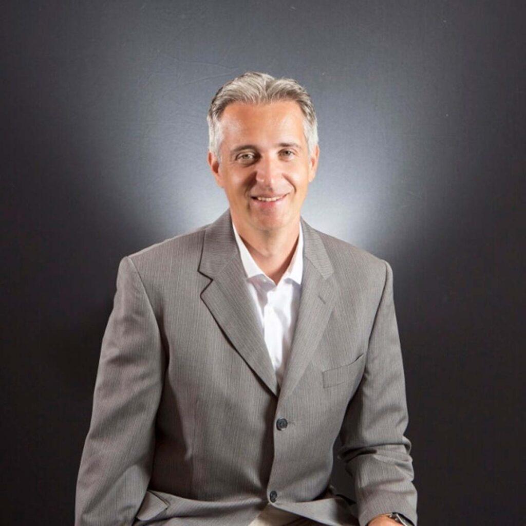Viktor Petik