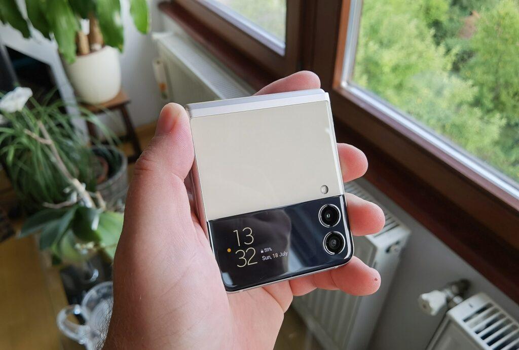 Galaxy Z Flip3 5G 2