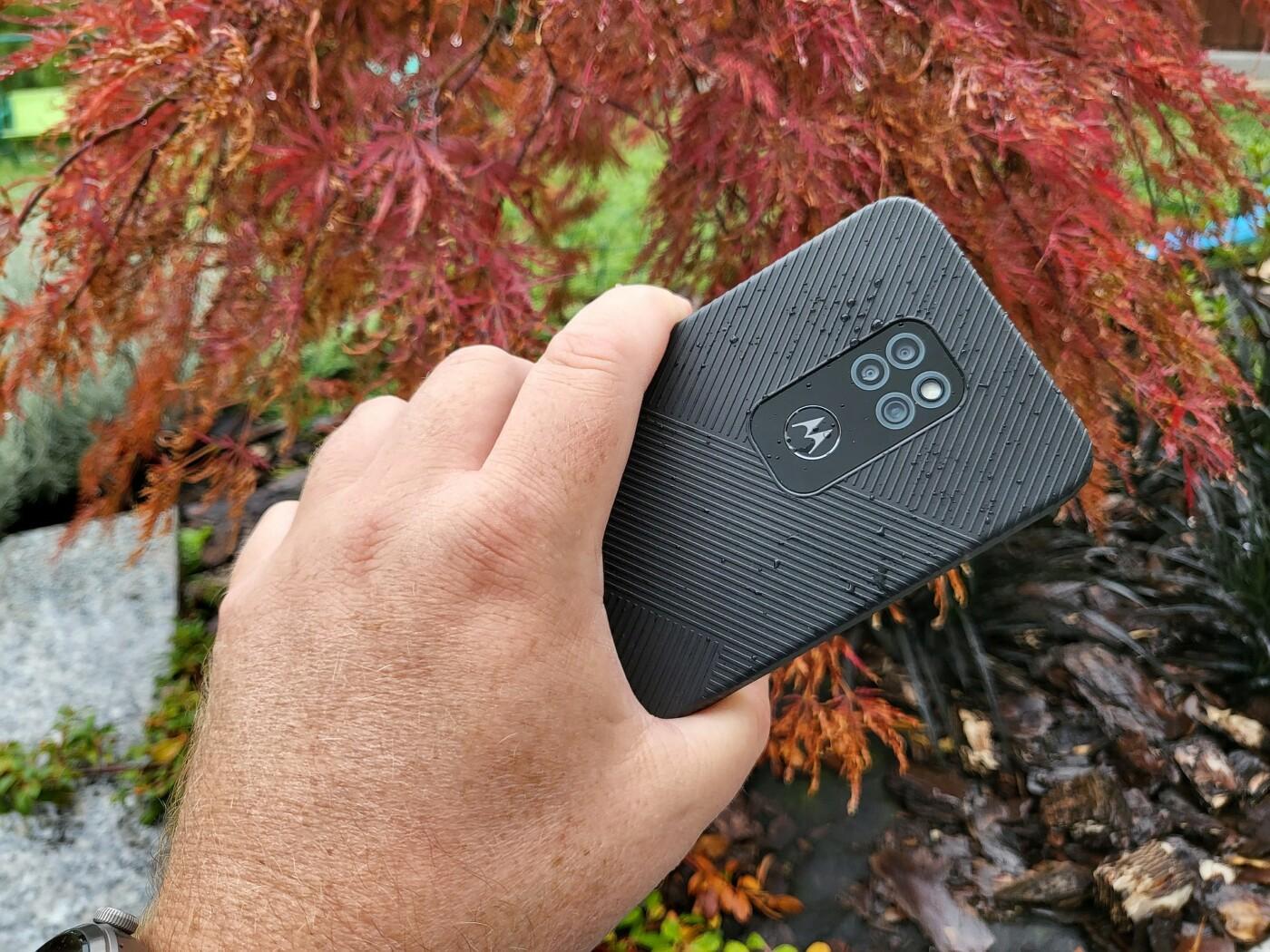 Motorola Defy 21